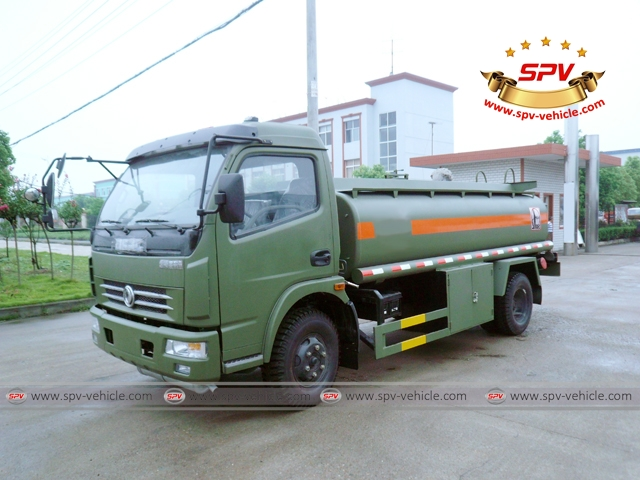 9,000 Litres  (2,400 Gallons) Oil Truck-FS