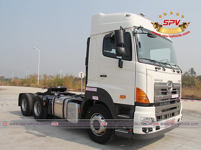 Front side view of 6X4, 380HP, Tractor Head, HINO