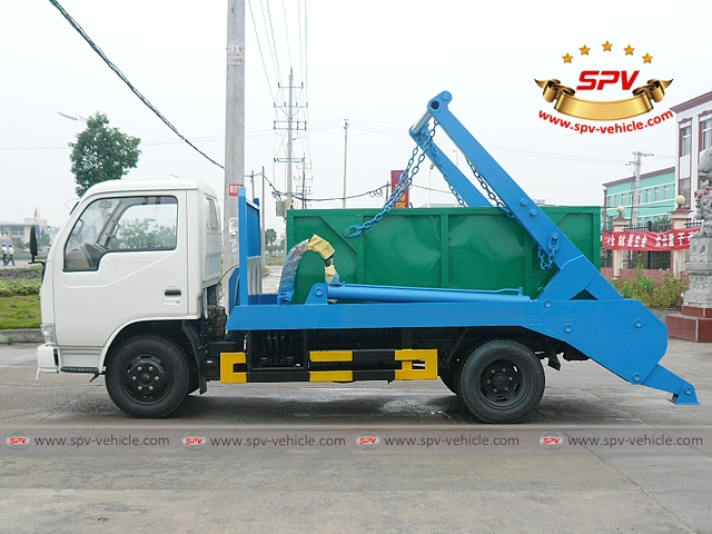Side view of 4 CBM Skip Loader - Dongfeng