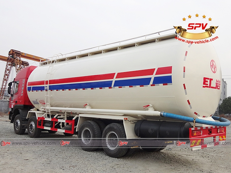 Left Back view of Bulk Powder Tank Truck IVECO