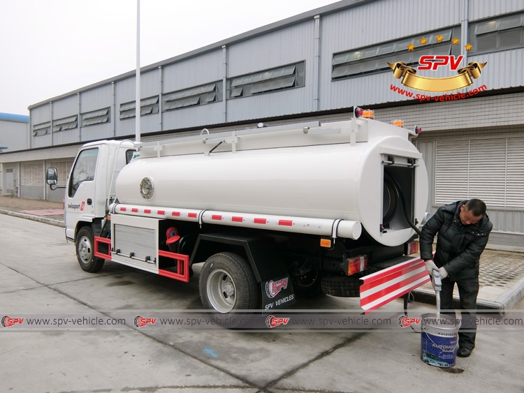 4,000 Litres (1050 Gallons) Stainless Steel Fuel Tanker