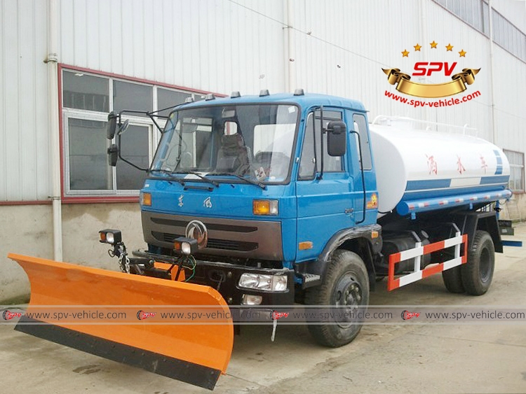 Water Sprinkler Truck with Snowplow Dongfeng-LF