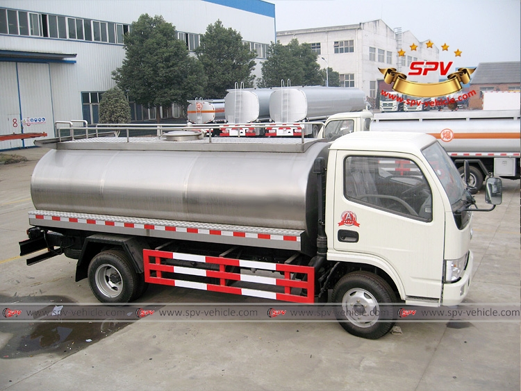 5,000 Litres Can Milk Truck Dongfeng-RS