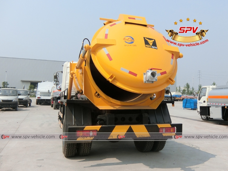 Gully Emptire Truck Dongfeng-B
