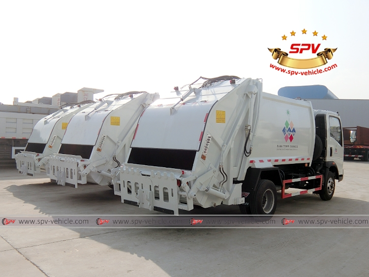 Garbage Compactor Truck - HOWO - RB