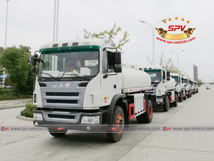8 units of Water Tanker Truck to Latin America -3