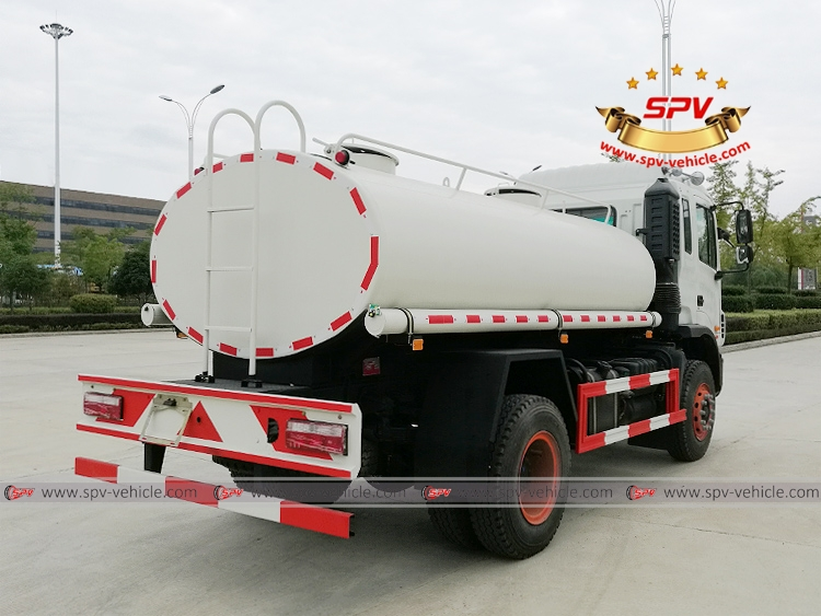 8,000 litres water tanker truck - JAC - RB