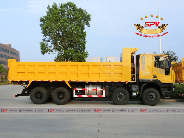 Dump Truck IVECO - RS