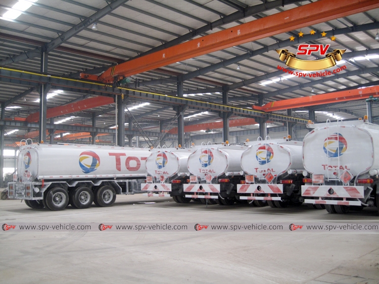 To Gambia - 5 units of Sinotruk Oil Bowsers - RB