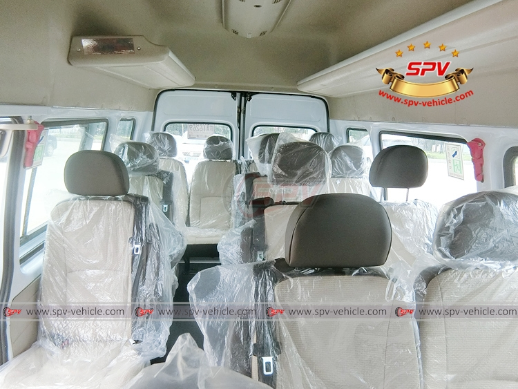 15 Seats Mini Bus JMC - 15 seats