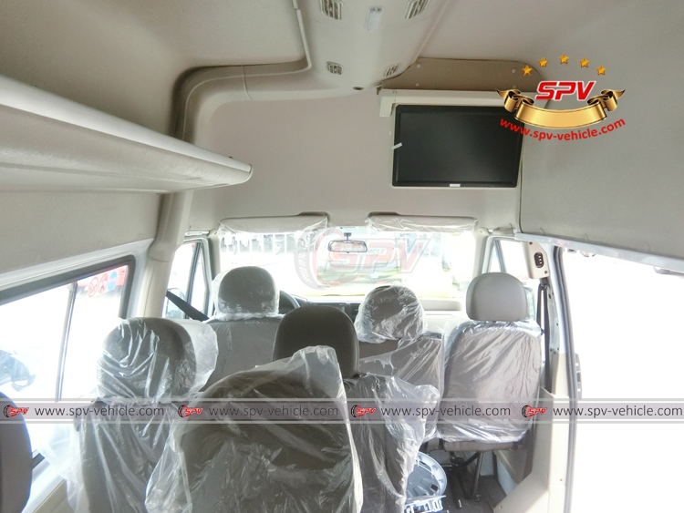 15 Seats Mini Bus JMC - 15 seats 02