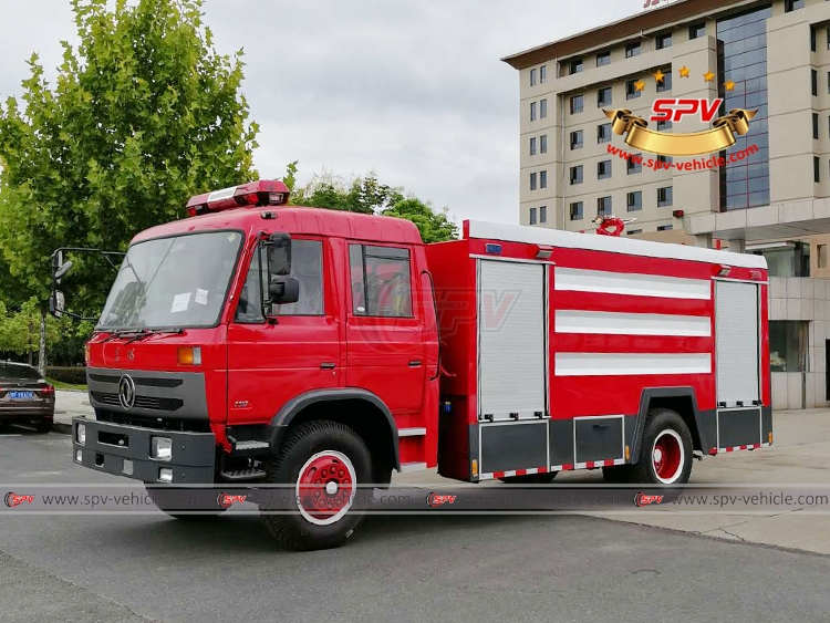 Fire Fighting Vehicle - LF