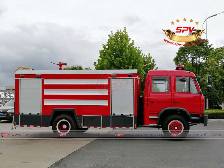 Fire Fighting Vehicle - RS