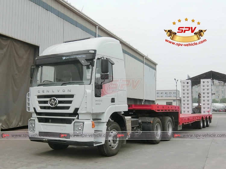 Extendable Flatbed Semi-trialer with Tractor Head IVECO