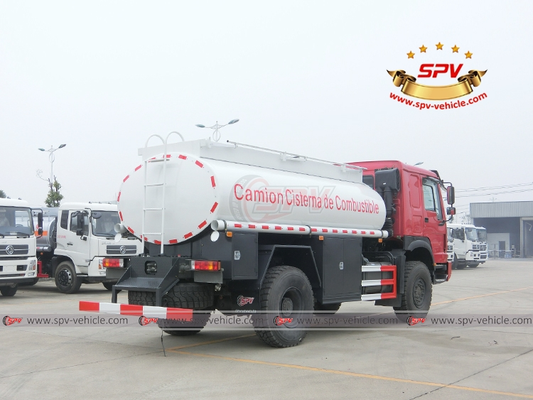 10,000 Litres 4X4 Fuel Tank Truck Siontruk - RB