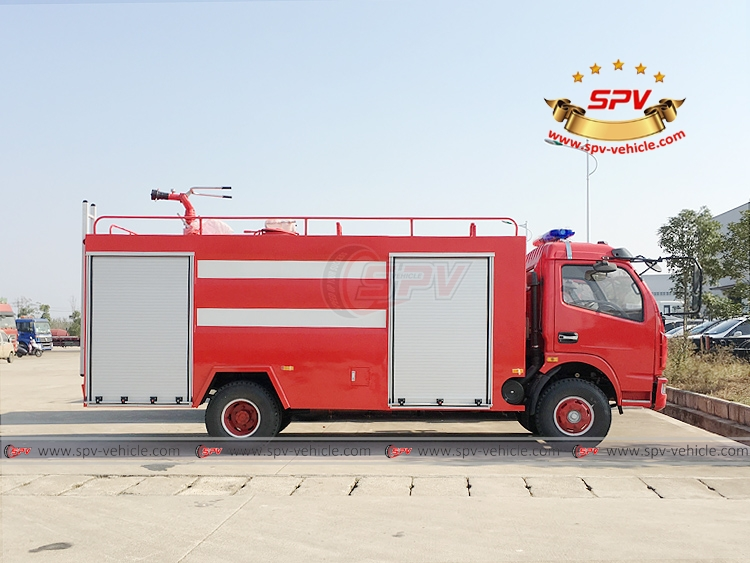 4,000 litres Fire Fighting Truck Dongfeng - RS