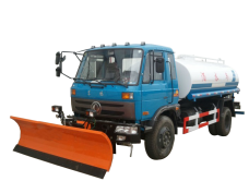 Water Sprinkler Truck with Snowplow Dongfeng