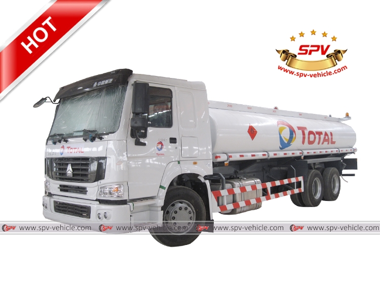 Oil Bowser Sinotruk